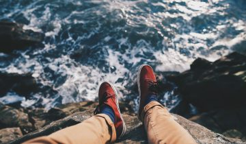 What color shoes to wear with khaki pants? Your style matters