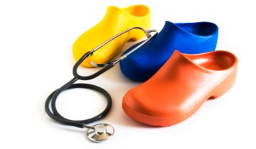 Which are the best shoes for CNA? Take note because your feet deserve comfort